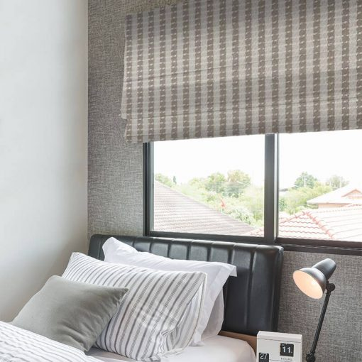 roman blinds trace putty